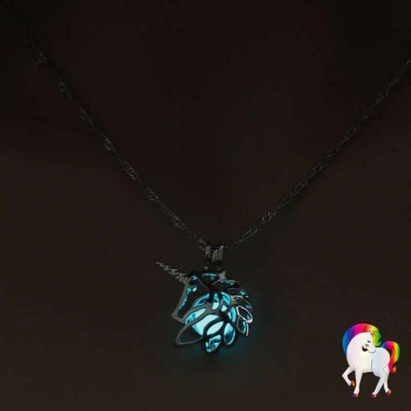 Collier pendentif licorne lumineux bleu-clair